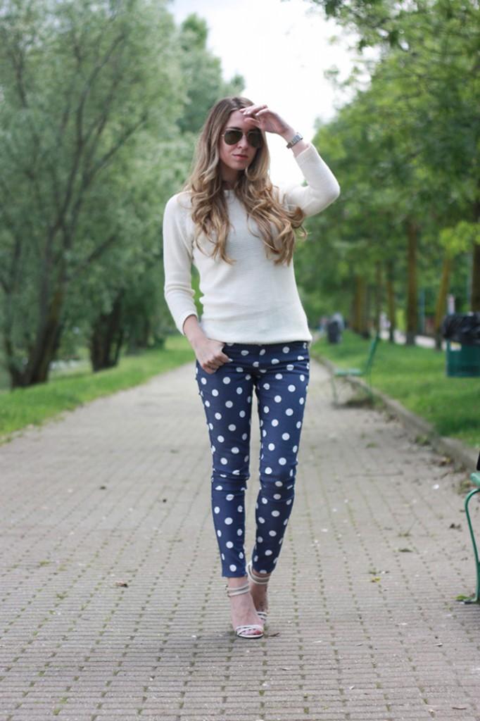 polka dots pants outfit, chanel bag, barbielaura.