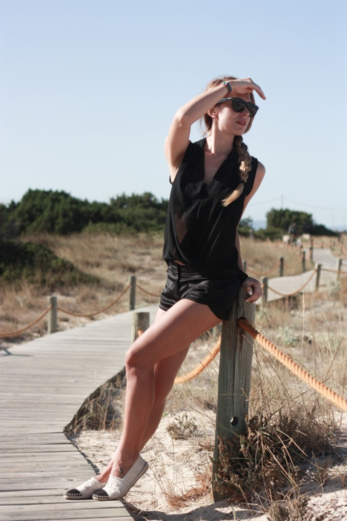 Formentera black outfit