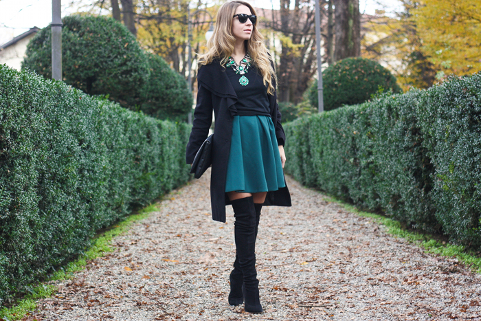 fashion blogger outfit green skater skirt
