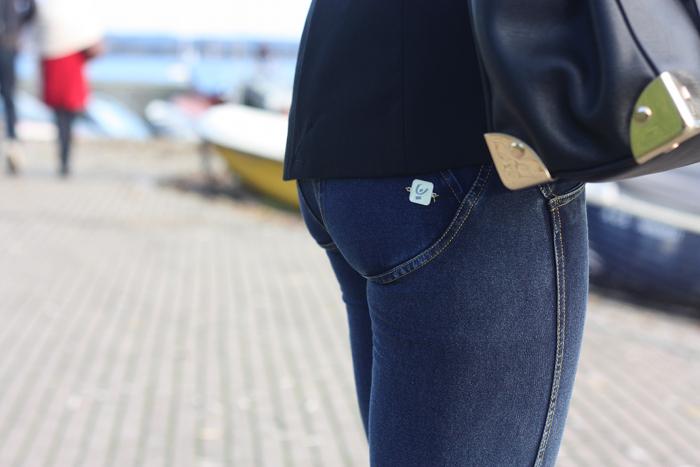 freddy wrap jeans indossati