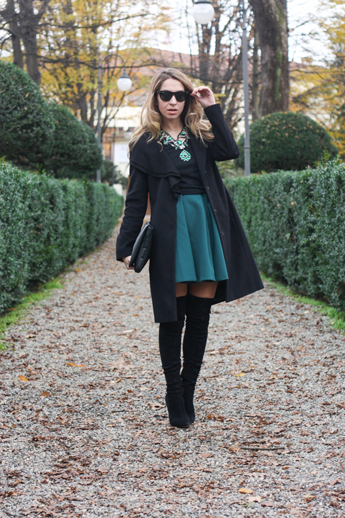 zara necklace green outfit