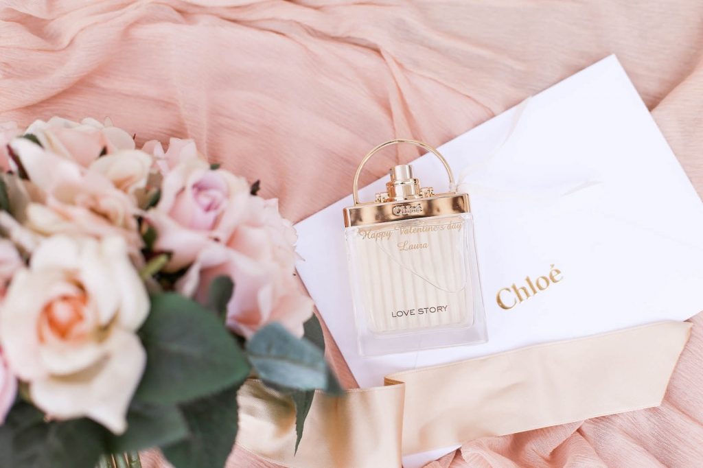 review Chloe love story