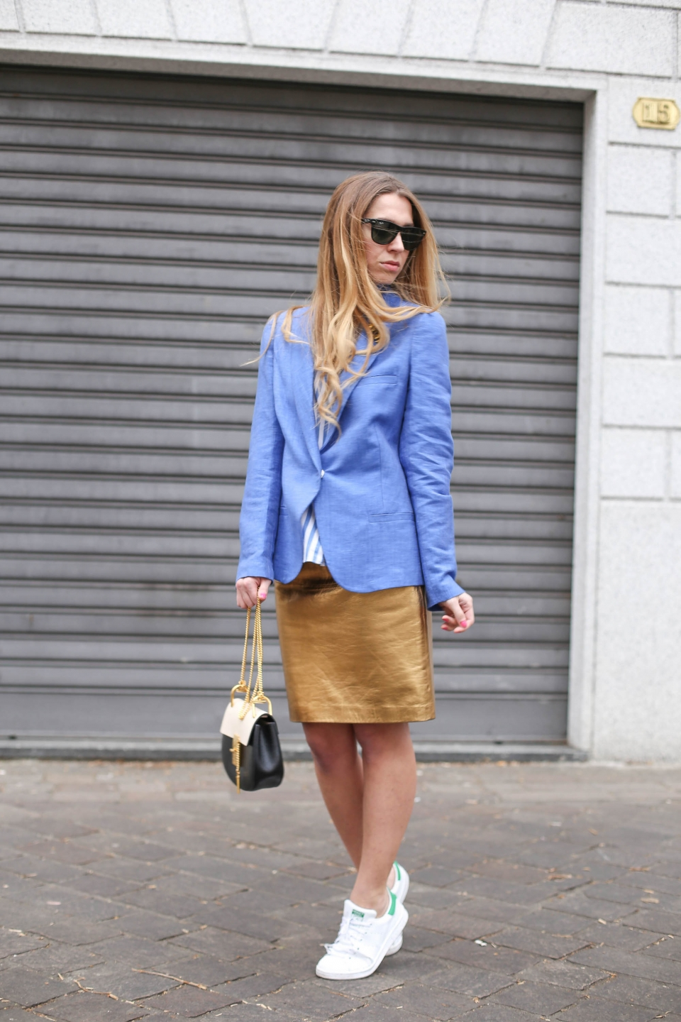 gold leather skirt outfit