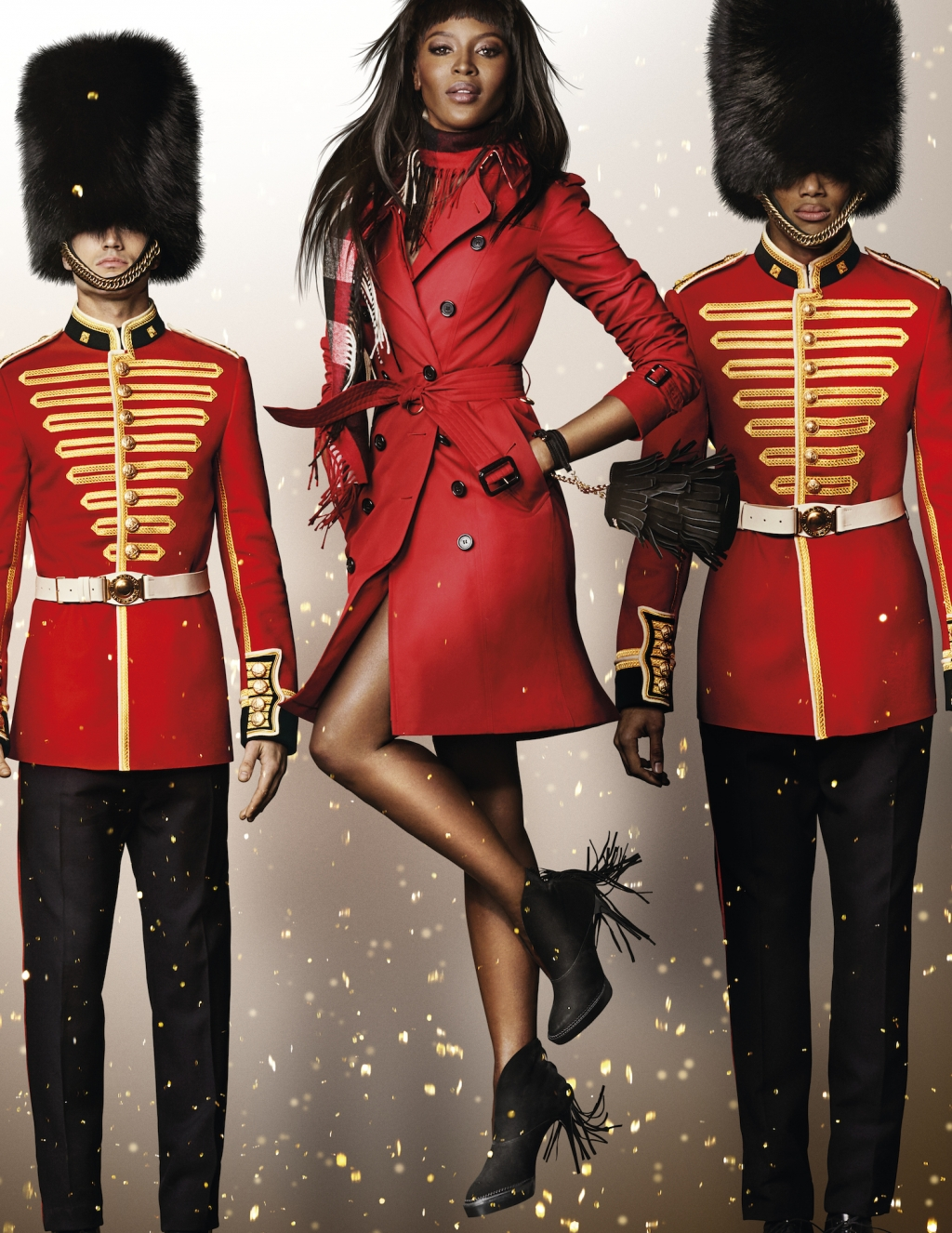 NAOMI_CAMPBELL_IN_THE_BURBERRY_FESTIVE_CAMPAIGN___SHOT_BY_MARIO_TESTINO