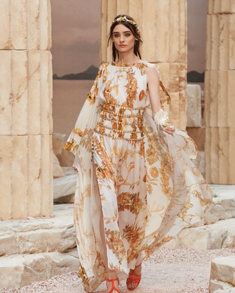 Chanel Cruise Collection, l'eleganza incontra l'antica Grecia.
